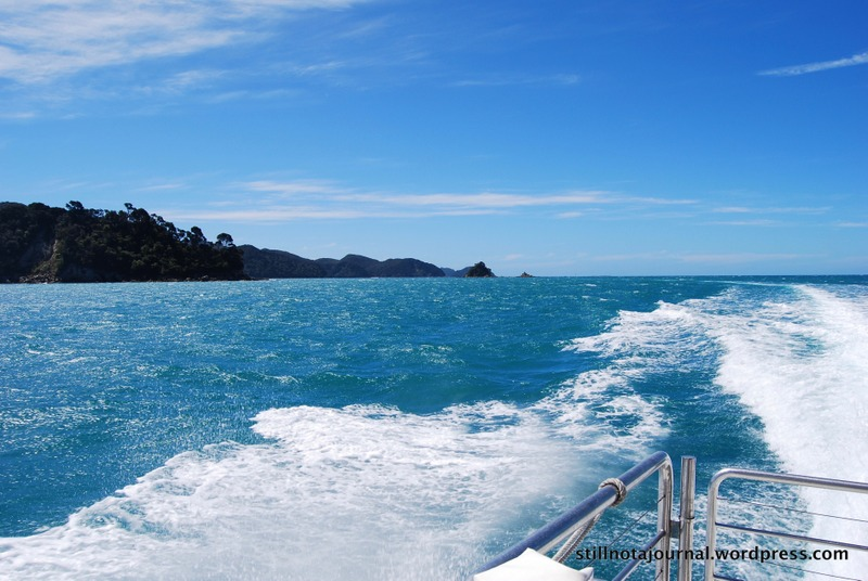Heading back to Kaiteriteri. *sob*
