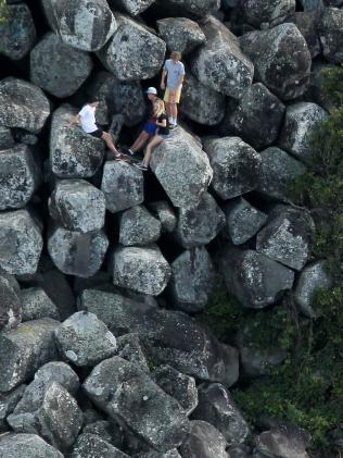 OMG KIDS GET DOWN FROM THERE!!! Picture by Scott Fletcher, Gold Coast Bulletin.